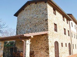 6 bedroom Villa in Camaiore, Versilia, Italy : ref 2239415 - Camaiore vacation rentals