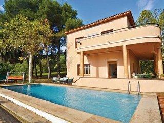 5 bedroom Villa in Argentona, Costa De Barcelona, Spain : ref 2239554 - Argentona vacation rentals