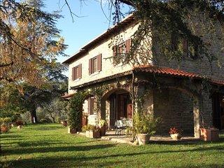 4 bedroom Villa in Pergo, TUSCANY, Italy : ref 2244496 - Pergo di Cortona vacation rentals