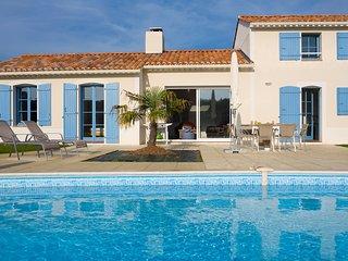 4 bedroom Villa in St Gilles Croix De Vie, Vendée, France : ref 2255514 - Saint Gilles Croix de Vie vacation rentals