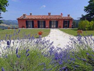 3 bedroom Villa in Tredozio, at the border to Tuscany, Italy : ref 2259124 - Tredozio vacation rentals