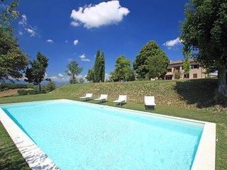 5 bedroom Apartment in Pistrino, Umbria, Italy : ref 2269343 - Pistrino vacation rentals