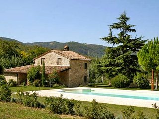 4 bedroom Villa in Acqualoreto, Umbria, Italy : ref 2269597 - Acqua Loreto vacation rentals