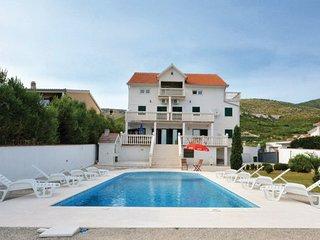 6 bedroom Villa in Trogir-Plano, Trogir, Croatia : ref 2277267 - Gornji Seget vacation rentals