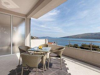 Villa in Trogir-Poljica, Trogir, Croatia - Vrsine vacation rentals