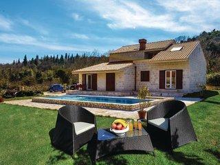 6 bedroom Villa in Dubrovnik-Imotica, Dubrovnik Riviera, Croatia : ref 2278700 - Prvic Luka vacation rentals