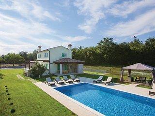 4 bedroom Villa in Labin-Tomovi, Labin, Croatia : ref 2279054 - Kunj vacation rentals