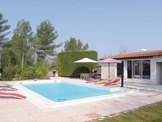 5 bedroom Villa in Trets, Bouches Du Rhone, France : ref 2279263 - Trets vacation rentals