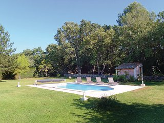 Villa in St. Cannat, Bouches Du Rhone, France - Saint-Cannat vacation rentals