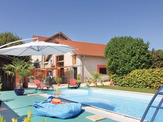 4 bedroom Villa in Saint Jean de Moirans, France : ref 2279781 - Saint-Jean-de-Moirans vacation rentals