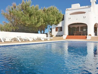 4 bedroom Villa in Cala Morell, Menorca : ref 2280893 - Cala Morell vacation rentals