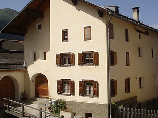 4 bedroom Apartment in Ardez, Engadine, Switzerland : ref 2283552 - Ardez vacation rentals