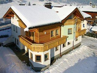3 bedroom Apartment in Aschau im Zillertal, Zillertal, Austria : ref 2295431 - Aschau im Zillertal vacation rentals