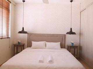 118 Residence (Studio Suite - High Floor) - Georgetown vacation rentals