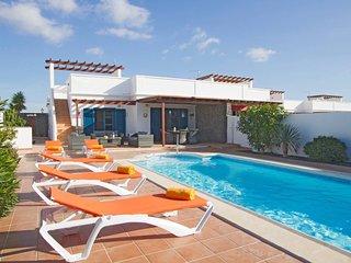 Sunny 3 bedroom Villa in Yaiza - Yaiza vacation rentals