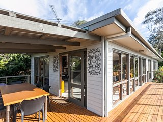 Cozy 3 bedroom House in Lorne - Lorne vacation rentals