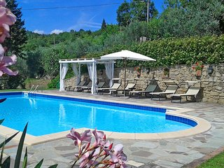 Nice Villa with Satellite Or Cable TV and Hot Tub - Pergo di Cortona vacation rentals