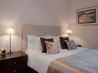 The Causewayside Apartment at The Southside - The Edinburgh Address - Edinburgh vacation rentals