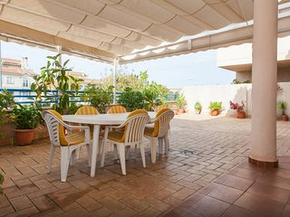 Apartment with spacious terrace, near the center and the beach - Sanlucar de Barrameda vacation rentals