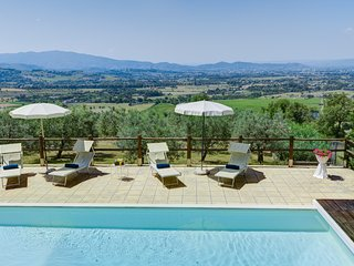 Bright Villa with Internet Access and Central Heating - Arezzo vacation rentals