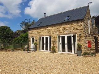Cavendish Cottage Ashover Derbyshire dog friendly - Ashover vacation rentals