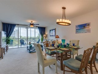 Hibiscus Pointe 632, 2 Bedroom, Canal View, Elevator, Heated Pool, Sleeps 6 - Fort Myers Beach vacation rentals