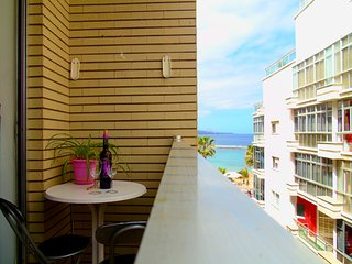 20 meters from Canteras Beach, with balcony - Las Palmas de Gran Canaria vacation rentals