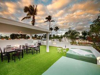 Sensational 6 Bedroom Villa in Bavaro - Punta Cana vacation rentals