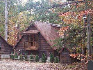 Sandpiper Cabin: Lake Lure Log Cabin Rental - Lake Lure vacation rentals