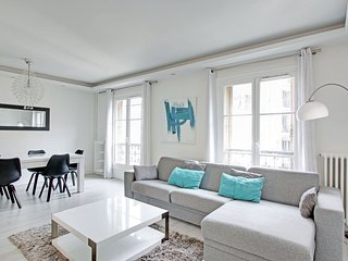 1 bedroom A/C Paris Ecole Militaire 49m2 - Paris vacation rentals