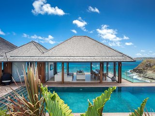 Gorgeous 7 Bedroom Villa in Anse des Cayes - Anse Des Cayes vacation rentals