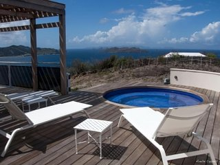 Beautiful 4 Bedroom Villa in Pointe Milou - Pointe Milou vacation rentals