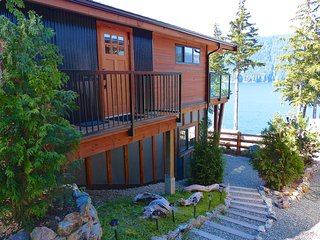 #65 Fish Tales / 2BR / Ocean View / Pet Friendly - Port Renfrew vacation rentals