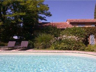 MAS DE LA LAITERIE, aux portes du LUBERON - Pernes-les-Fontaines vacation rentals