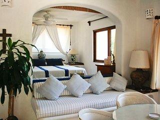 "Casa Parota ""Quetzal Room"" - San Pancho vacation rentals"