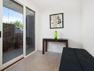 8/114a Westbury Close, St Kilda East, Melbourne - St Kilda East vacation rentals