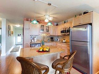 Puako Top Floor Condo 405 - Puako vacation rentals