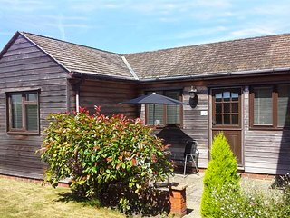COLT LODGE, ground floor annexe, off road parking, enclosed garden, in Watchet, Ref 943116 - Watchet vacation rentals