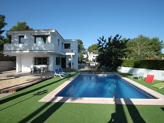 Colibri - modern, well-equipped villa with private pool in Moraira - Moraira vacation rentals