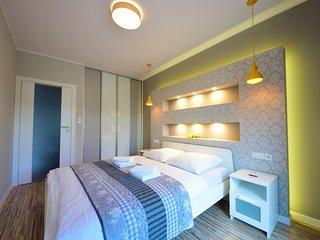 Apartament Karmelovy - Homey Place - Poznan vacation rentals