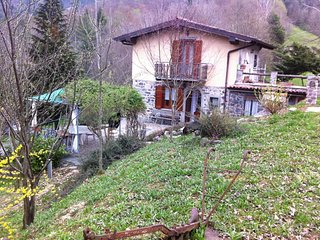 Nice House with Washing Machine and Microwave - San Giovanni Bianco vacation rentals