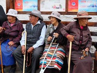 Classic Tibet monasteries and temples - New Delhi vacation rentals