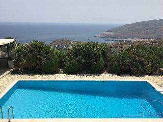 'Araxovoli' Stone Houses (Seashell) - Apikia vacation rentals