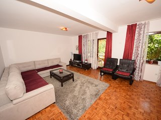Family- friendly apartment EMMA 1 (4+2 ) - Orebic vacation rentals
