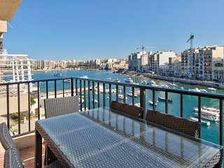 047 St Julian Seafront Duplex 4-bedroom Apartment - Saint Julian's vacation rentals