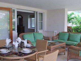 Extraordinary 3 Bedroom Villa in Hastings - Bridgetown vacation rentals