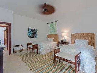 Gorgeous 3 Bedroom Villa in Cupecoy - Cupecoy vacation rentals