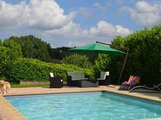 Maison perigourdine avec piscine 8 mns de Sarlat - Marcillac-Saint-Quentin vacation rentals