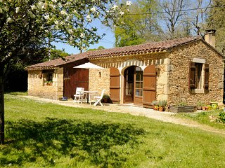 Beautiful Gite with Internet Access and Wireless Internet - Frayssinet-le-Gelat vacation rentals