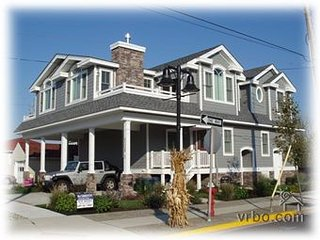DOG FRIENDLY, beautiful views, close to town - Stone Harbor vacation rentals